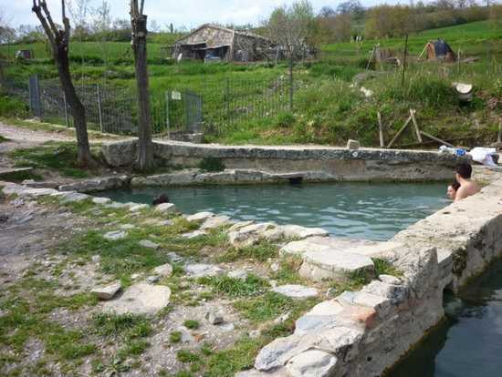 40 fonti termali libere a San Casciano. | Agriturismo Podere Pratella