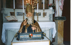 S. Walfredo Busto 1